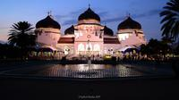 Ilustrasi masjid Raya Baiturrahman Aceh. (Image by Saiful Mulia from Pixabay)