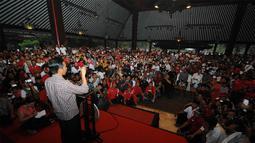 Jokowi meminta warga Solo mendukungnya secara penuh agar kemenangan di pemilu presiden nanti diraih secara mutlak (Liputan6.com/Herman Zakharia).