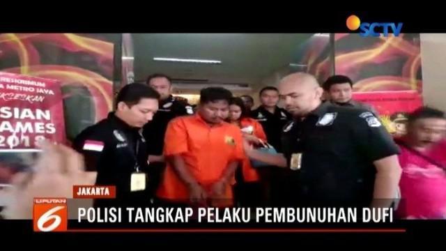 Menurut penuturan tetangga, pembunuh Dufi, mantan wartawan yang jasadnya dimasukkan ke dalam drum, dikenal sebagai orang yang pemarah dan kerap ribut dengan tetangganya.