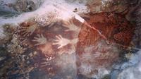 Lukisan purba di situs Leang-leang, Maros, Sulawesi Selatan. Foto: tunasindonesia