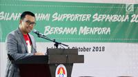 Menpora Imam Nahrawi memberikan sambutan saat Silaturahmi Suporter Sepak Bola 2018 di Kantor Kemenpora, Jakarta, Senin (1/10). Acara tersebut dilakukan untuk membahas perdamaian antarsuporter sepak bola di Indonesia. (Liputan6.com/Johan Tallo)