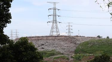 Gunung Sampah TPA Cipayung Depok Capai 20 Meter
