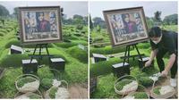 Rina Gunawan dimakamkan di TPU Tanah Kusir pada Rabu (3/3/2021). (Sumber: KapanLagi)
