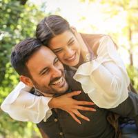 ilustrasi pasangan cinta/copyright by Liderina (Shutterstock)