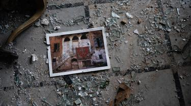 Ledakan Beirut Hancurkan Istana Sursock