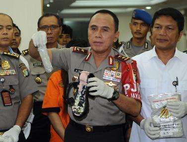 Polda Metro Jaya Ungkap Penyelundupan Sabu Dalam Sepatu