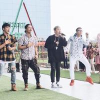 Terlihat kompak foto bareng, SM*SH isyaratkan comeback?