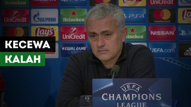 Manager Manchester United, Jose Mourinho kecewa atas kekalahan Manchester United dari Basel dengan skor tipis 1-0 di Liga Champions.