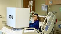 Ani Yudhoyono menggunakan hak pilihnya di Singapura. (Foto: Istimewa)