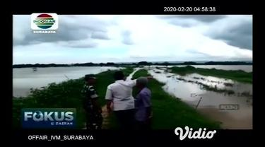 Curah hujan yang semakin meninggi beberapa pekan ini mengakibatkan tanggul sungai jebol. Akibat hal tersebut, petani merugi atas panen dini padi serta sawah yang tergenang air.