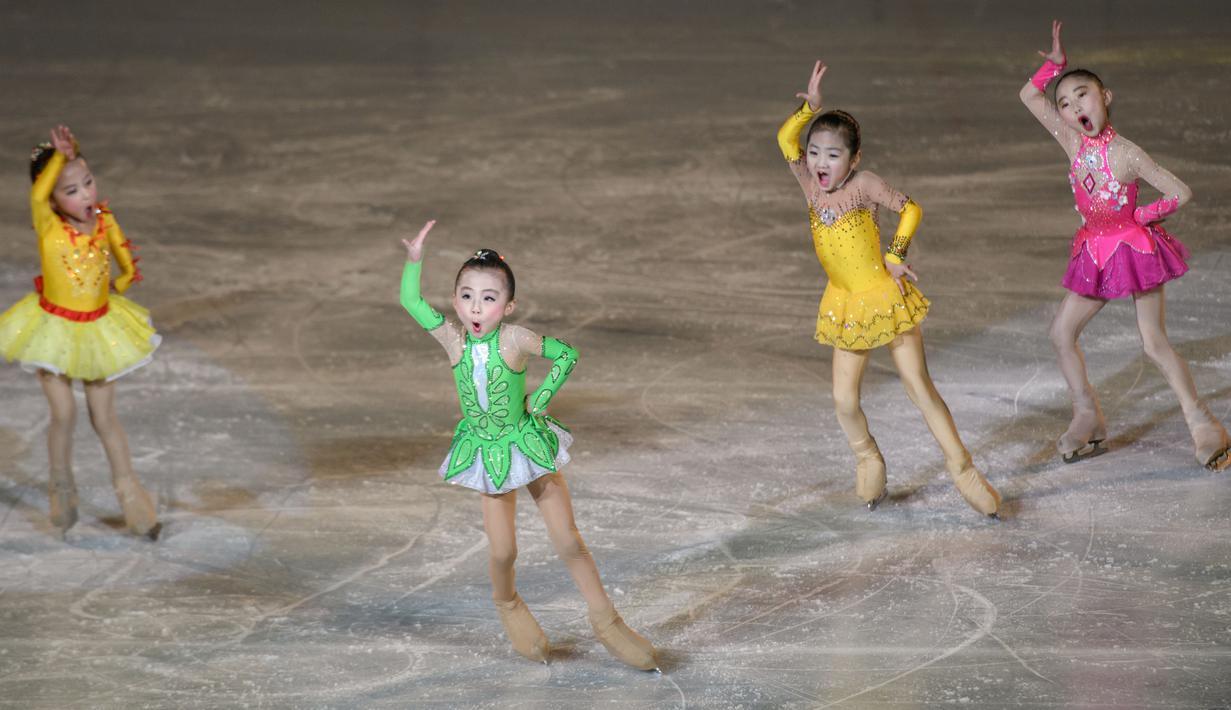 FOTO Aksi Lucu Anak Anak Korut Saat Peringati HUT Kim Jong
