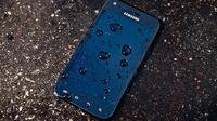 Ilustrasi: kerusakan smartphone yang terkena air dapat dicegah, berikut cara-caranya (sumber: wired.com)