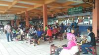 Suasana di Terminal Kp Rambutan saat mudik Lebaran (Foto:Merdeka.om/Dwi Aditya Putra)
