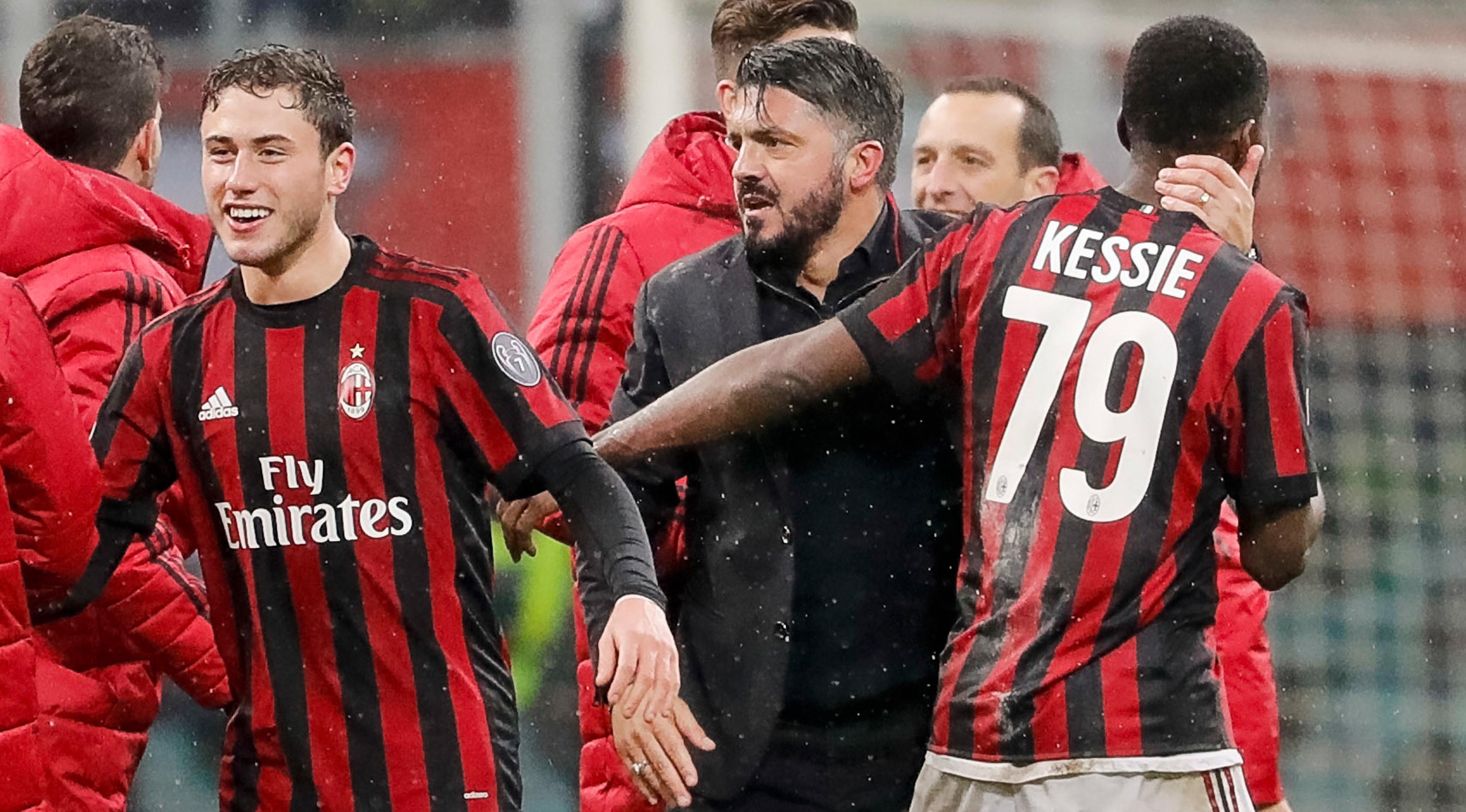 Pelatih AC Milan, Gennaro Gattuso bersama Franck Kessie (AP/Antonio Calanni)