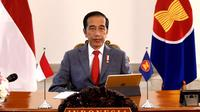 Presiden Jokowi saat mengikuti KTT ASEAN ke-36 melalui telekonferensi dari Istana Kepresidenan Bogor Jawa Barat, Jumat (26/6/2020). (Biro Pers Sekretariat Presiden)