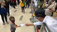 Menteri Perhubungan Budi Karya Sumadi mengunjungi Stasiun Pasar Senen, Jakarta (dok: Kemenhub)
