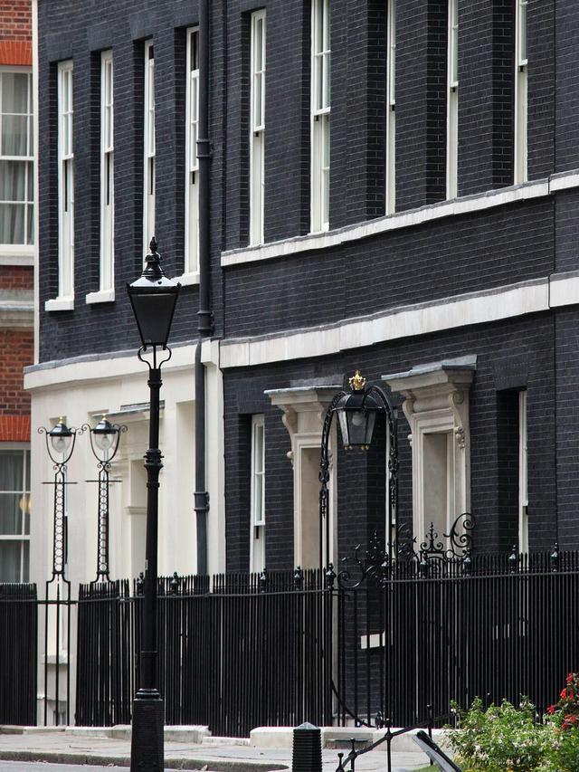 Rencana Kontroversial PM Inggris Dirikan Badan Amal untuk Renovasi Rumah Dinas, Dianggap Hanya Penuhi Selera Mahal Tunangan