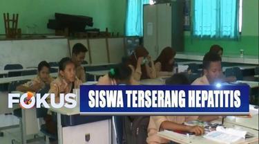 Selain itu, juga ada 3 guru yang terjangkit penyakit serupa. Pihak sekolah segera menghubungi puskesmas terdekat dan Dinas Kesehatan Kota Depok.