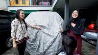 Seharga Rp15 miliar, mobil Ayu Ting Ting jadi sorotan (Ricis Official/ Youtube)