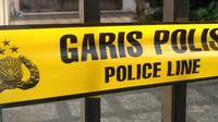Ilustrasi - Rumah korban pembunuhan dipasang garis polisi (Merdeka.com / Ronald)