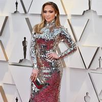 Gaun terbaik di Oscar 2019. (Foto: instagram/ queenjlo_13)