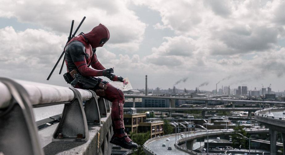 Ryan Reynolds saat berperan sebagai Deadpool (Pinterest)