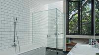 Desain kamar mandi House 1 di Semarang karya Tamara Wibowo. (dok.Arsitag.com/Dinny Mutiah)