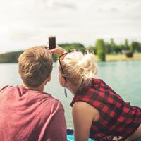 Cemburu ke pacar itu penting, tapi kalau berlebihan bisa merusak hubungan. (Foto: unsplash.com)