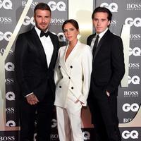 Intip kekompakan keluarga David Beckham yang kenakan setelan jas (Foto: instagram/victoriabeckham)