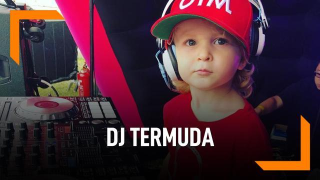 Archie Norbury, DJ Termuda Umur 4 Tahun