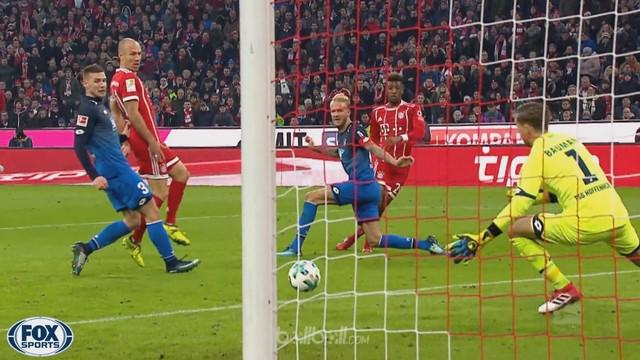 Berita video highlights Bundesliga 2017-2018, Bayern Munchen vs Hoffenheim, dengan skor 5-2. This video presented by BallBall.