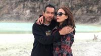 Ridho Slank dan istri (Sumber: Instagram/seroja_hafiedz)