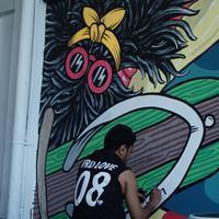 Simak hasil kreasi lima seniman bali yang menghiasi Summer Walls Havaianas di Sunset Road.