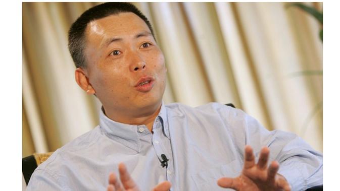 Duan Yongping, pendiri sekaligus bos BBK Electronics Corp, perusahaan induk dari vendor smartphone Oppo, Vivo, OnePlus, dan Realme (Foto: South China Morning Post)#source%3Dgooglier%2Ecom#https%3A%2F%2Fgooglier%2Ecom%2Fpage%2F2019_04_14%2F455741