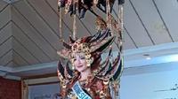 Kostum Nasional Vania Fitryanti Herlambang yang akan dikenakan di ajang Miss International 2018 (Liputan6.com/Dadan Eka Permana)