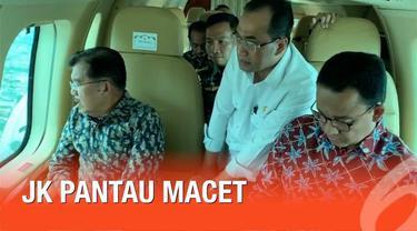 Wapres Jusuf Kalla memantau kemacetan Jakarta menggunakan helikopter bersama dengan beberapa anggota kabinet kerja.