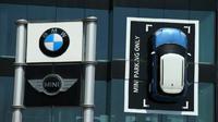 BMW belum putuskan nasib pabrik mobil listrik MINI (Foto: Reuters)