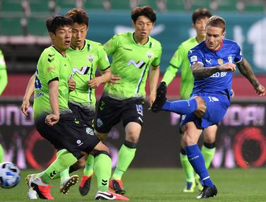 Liga Korea Kembali Dimulai, Jeonbuk Hajar Suwon di Laga Pembuka