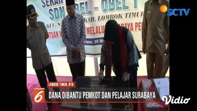 Tri Rismahariani meresmikan sekolah di Lombok Timur, NTB, dari hasil sumbangan pemerintah kota dan para pelajar Surabaya.