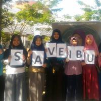Aliansi Jurnalis Independen (AJI) Pontianak dan Jurnalis Perempuan Khatulistiwa menggalang aksi penolakan putusan MA terhadap kasus Baiq Nuril. (Liputan6.com/ Raden AMP)