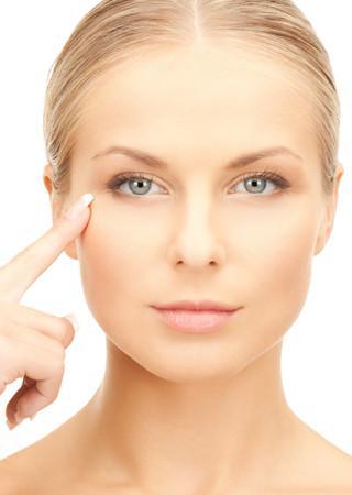 Ini Dia Cara Pakai Eye Cream yang Benar - Beauty Fimela.com