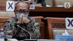 Direktur Utama BPJS Ketenagakerjaan Agus Susanto mengikuti rapat kerja dengan Komisi IX DPR di Kompleks Parlemen, Senayan, Jakarta, Rabu (8/7/2020). (Liputan6.com/Johan Tallo)