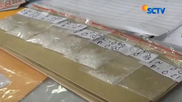 Para tersangka lainnya yang ditangkap menyatakan memakai sabu diperoleh dari tersangka Wakil Ketua DPRD Bali Komang Swastika.