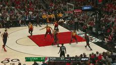 Berita video game recap NBA 2017-2018 antara Portland Trail Blazers melawan Utah Jazz dengan skor 102-93.