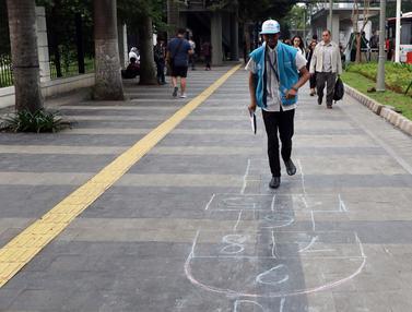 Koalisi Pejalan Kaki Ajak Warga Bermain di Trotoar