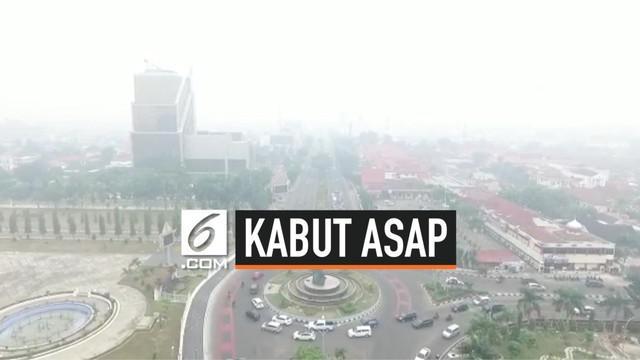 Provinsi Riau dalam kondisi siaga darurat kabut asap, upaya pemadaman kebakaran lahan dan hutan terus dilakukan. Meskipun titik apai telah berkurang menjadi 24 titik api, namun provinsi Riau menerima kiriman kabut asap dari Jambi dan Sumsel.