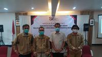 Perwakilan wartawan dari beberapa media dalam pelaksaan media gathering integritas dan netralitas media dalam rangka mengawal perekonomian bangsa yang dilakukan OJK Tasikmalaya, di Garut, Jawa Barat. (Liputan6.com/Jayadi Supriadin)