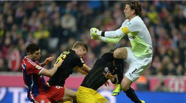 10 momen terbaik Bayern Munchen vs Borussia Dortmund yang akan bertemu dalam lanjutan kompetisi Bundesliga pada hari Minggu (4/10/2015).