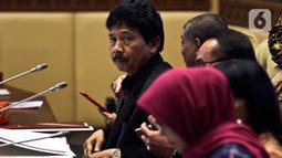 Kepala Badan Pembinaan Ideologi Pancasila (BPIP) Yudian Wahyudi mengikuti Rapat dengar Pendapat dengan Komisi II DPR di Kompleks Parlemen, Senayan, Jakarta, Selasa (18/2/2020). Agenda rapat salah satunya membahas rencana pemulangan anak-anak ISIS eks WNI. (Liputan6.com/Johan Tallo)