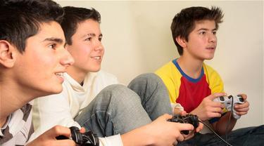 Main Game Tiap Hari Bikin Anak Lebih Pintar